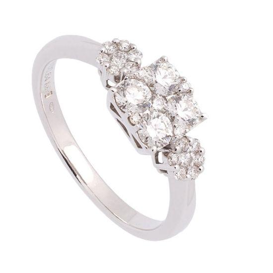 Sortija de oro blanco y diamantes.  - 1