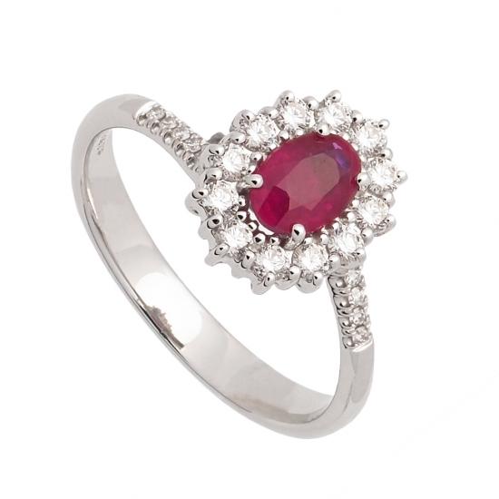 Sortija de oro blanco con rubí y central y diamantes  - 1